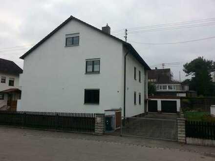 Gepflegte 4-Zimmer-Wohnung mit Balkon in Friedberg/ Rederzhausen