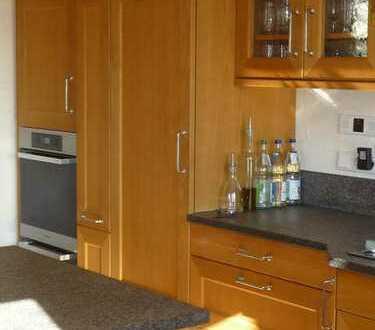 WG Zimmer in sehr schönem, stilvollem Holzhaus mit gehobener Ausstattung in der Nähe von Füssen