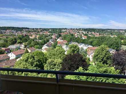 S-Rohr (Dürrlewang), freie 3 Zi.-Wohnung mit Aussicht, sofort frei, 11. OG mit Balkone, Aufzug,