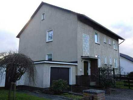 Freundliche 4-Zimmer-Wohnung mit Balkon und EBK in Celle