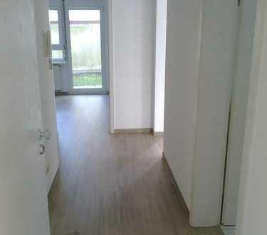 Umfassend renovierte 2-Zimmer-EG-Wohnung mit Terrasse und neuer EBK in Göppingen