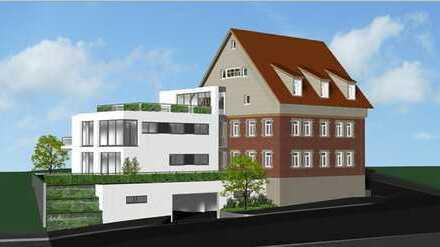 Stilvoll saniert - Attraktive Dachgeschoss-Wohnung mit großer Terrasse und TG-Stellplatz