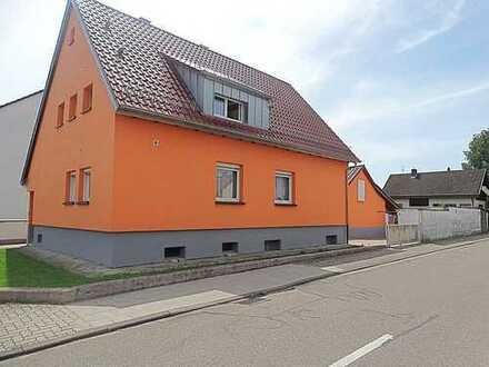 Mehrgenerationenanwesen! 2 Häuser plus zusätzlicher Bauplatz in Spöck RESERVIERT