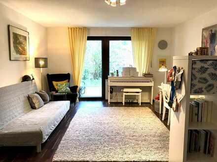 Kapitalanlage. Schönes Appartement mit Terrasse, Garten und Stellplatz in beliebter Lage.