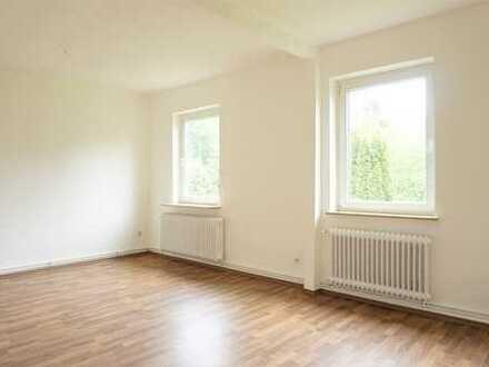 Erstbezug nach Teilsanierung gefällig? Schöne 3-Zimmer-Wohnung in ruhiger Lage sucht Sie!