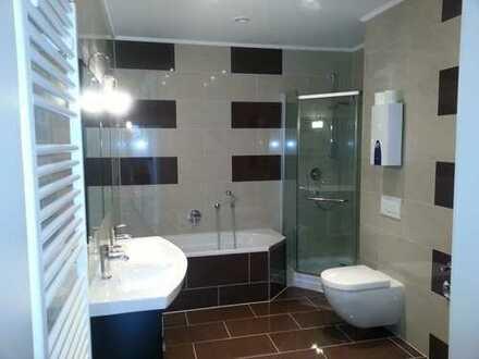Schöne 6-Zimmer-EG-Wohnung mit moderner EBK in Leinfelden / Musberg