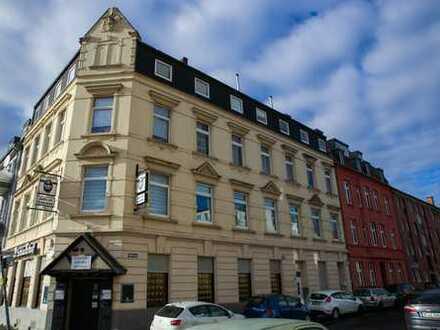 Bürofläche in Ehrenfeld nutzbar als Wohnung/Lager/Büro/Praxis