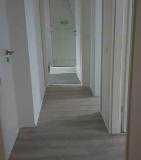 Neuwertige 2-Zimmer-DG-Wohnung mit EBK in Karlsruhe