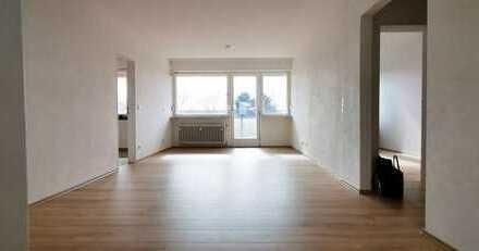 Hübsche 4-Zimmer-Wohnung mit 2 Balkonen und Garage in Mannheim-Waldhof