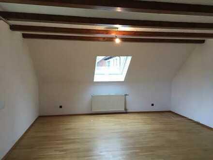 700 €, 120 m², 5 Zimmer