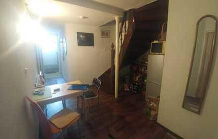 Schönes, möbliertes Zimmer in Neustadt