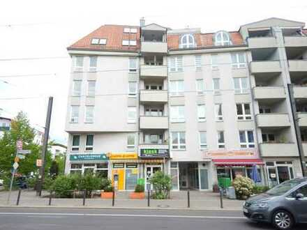Familienwohnung mit Potential und 2 Balkonen