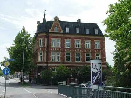Stilvolle 2 ZKB-Wohnung in renoviertem Altbau