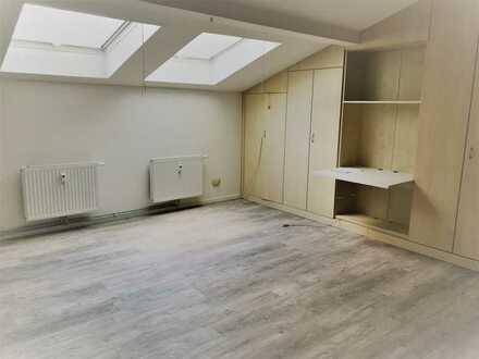Büro / Praxis / Atelier 1 Zi. teilmöbliert