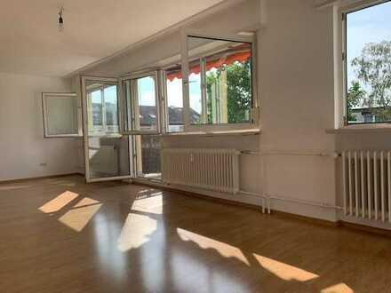 sonniges Penthouse Erstbezug nach Sanierung -4-Zimmer-Wohnung mit Dach-Terrasse in Eppelheim
