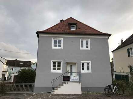 Schönes, geräumiges Einfamilienhaus in zentraler Lage in Schrobenhausen