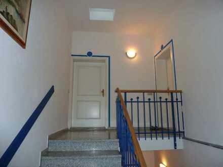 +++ 4 ZIMMER INDIVIDUELL geschnittene Dachgeschosswohnung mit Balkon und 2 Bädern +++