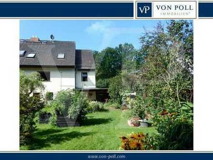 Reizvolle Doppelhaushälfte mit liebevoll angelegter Gartenkultur