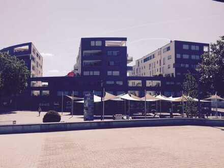 Gewerbefläche in bester Lage am Neckar mit über 10 Meter Fensterfront !!!