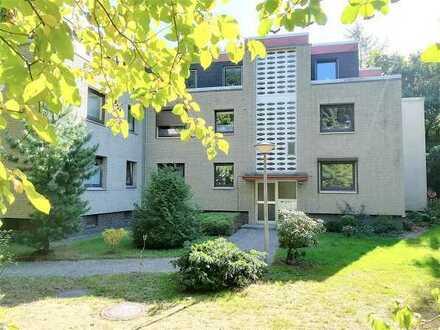 Frei und saniert! 2-Zimmer-Wohnung mit TG-Stellplatz im schönen Wellingsbüttel!