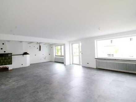 Erstbezug nach Sanierung! Helle 3 Zimmerwohnung mit Balkon! WG, Küche möglich!