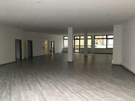 Flexible Raumgestaltung + Loggia + Balkon + Stellplätze: Bürofläche im Stadtzentrum von Worms