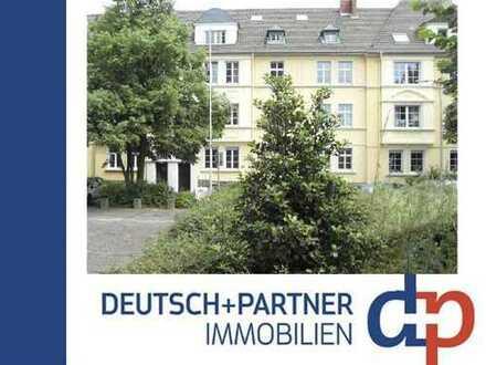 Altbauwohnung mit viel Charme und aufwendiger Sanierung fußläufig ins Siegburger Zentrum