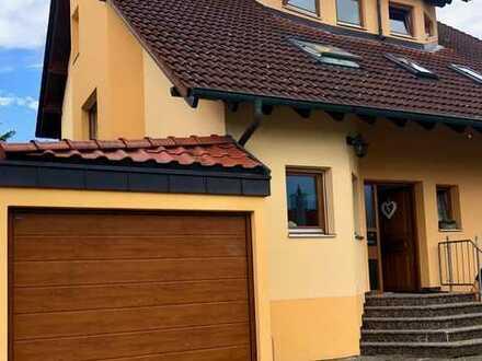 Gepflegte Doppelhaushälfte mit sechs Zimmern in Crailsheim