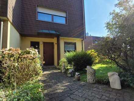 Reiheneck-Haus mit Garten, ruhige sonnige Lage