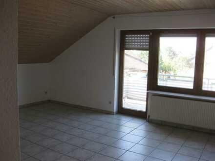 Helle 3,5 Zimmerwohnung in ruhiger Wohnlage in Ilsfeld