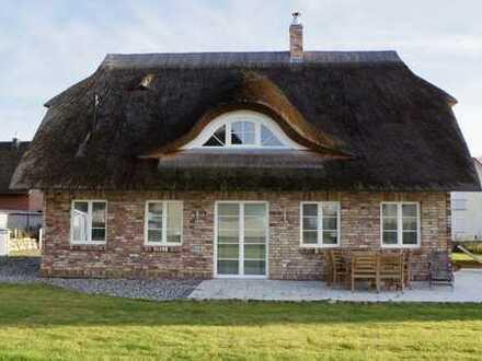 Zweite Heimat finden!! Erfüllen Sie sich Ihren Traum vom Reetdachhaus!!