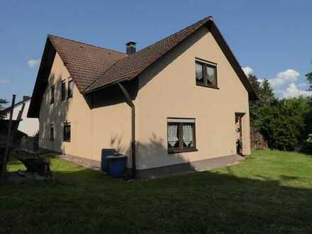 Idyllisch gelegenes Wohnhaus, auch für 2 Familien geeignet, in ruhiger Lage Sulzbach-Rosenberg
