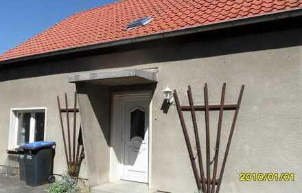 Idyllisches Einfamilienhaus mit vier Zimmern in Jahrstedt, Altmarkkreis Salzwedel, im Grünen