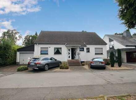 Großzügiges Einfamilienhaus mit Einliegerbüro in guter Lage von Dortmund-Lichtendorf