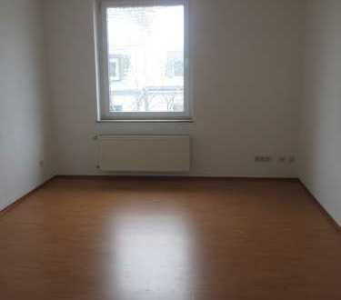 Schöne, helle 2 Zimmer Wohnung mit Wohnküche