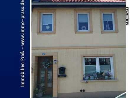 Top-Gelegenheit! Gemütliches Einfamilienhaus mit Garten in Staudernheim zu verkaufen