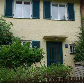 Schönes Reihenmittelhaus mit Garten am Hirschgarten / Nymphenburg