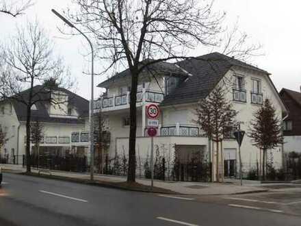 Erstbezug einer exclusiven-teilmöblierten-barrierefreien Dachgegeschosswohnung in Toplage