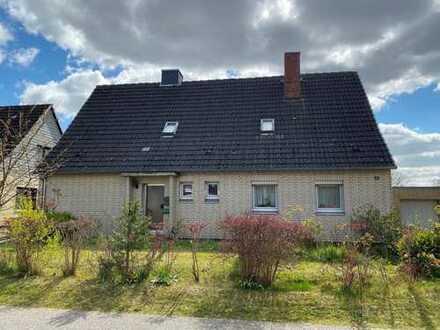 Modernisierungsbedürftiges 1-2 Familienhaus in Bad Schwartau