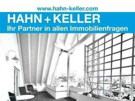 Einmalige Gelegenheit! Galerie-Wohnung mit sonnigem Balkon und viel Platz!