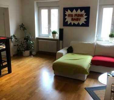 gepflegte 2-Zimmer-Wohnung mit EBK in Karlsruhe