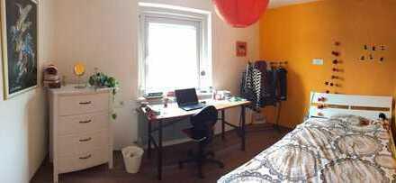 Schönes Zimmer zur Zwischenmiete