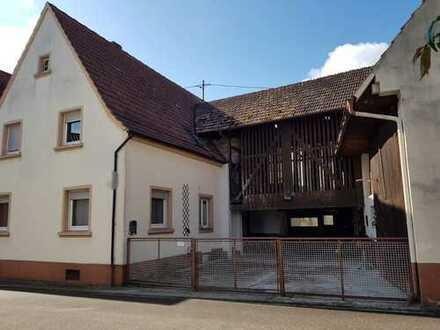 Einfamilienhaus ohne Garten - dafür mit Scheune - in Büchelberg