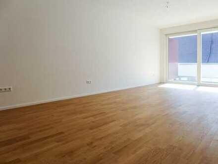 Erstbezug: stilvolle 2-Zimmer-Wohnung mit Einbauküche und Balkon in Rottenburg