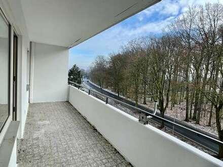 Wohnung mit Balkon, neu verlegtem Vinyl und Parkett in Bielefeld - Großdornberg