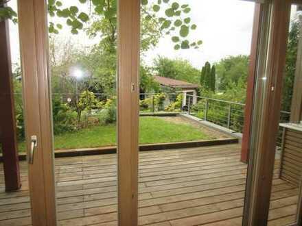 Wie neu! Moderne und großzügige Architekten-Doppelhaushälfte in bester Sonnenlage!