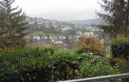 Ansprechende 2-Raum-EG-Wohnung mit EBK und Balkon in Bad Breisig