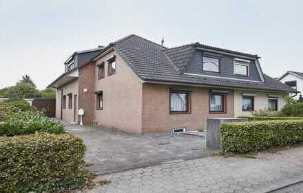 +++ Handwerker gesucht! Große Doppelhaushälfte mit zwei Wohnungen und großem Garten +++