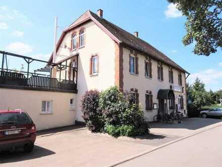 immoness24.de Schöne Gaststätte mit Biergarten und großer Wohnung
