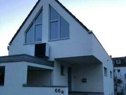 Neuwertiges, modernes Architektenhaus in ruhiger und zentraler Lage